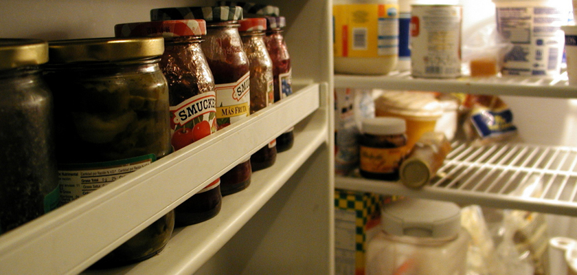 Refrigerator Cleaning Tips