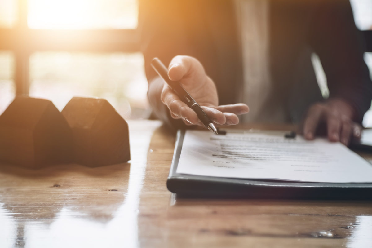 Realtor home warranties: Offer home buyers and sellers a home warranty to help close the transaction. Talk to Select Home Warranty today to learn about commission and other benefits. | SHW Blog
