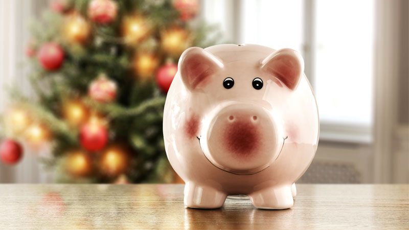 3 Ways To Save Money And Cut Costs Around The Home For The Holidays