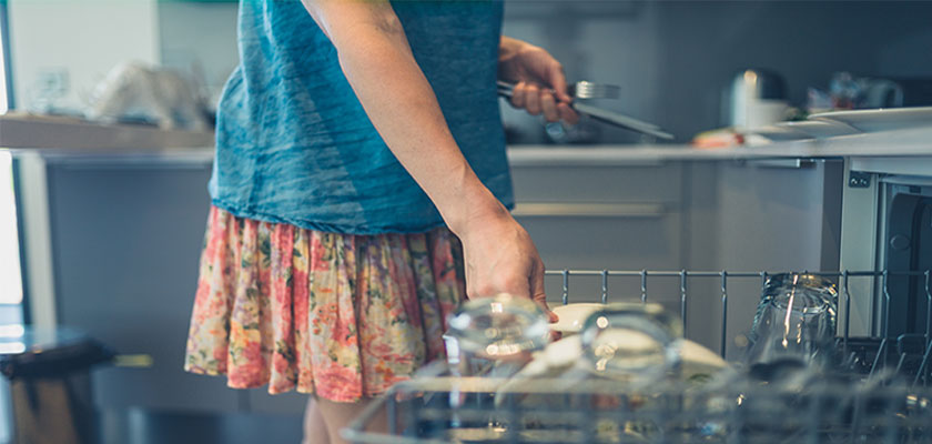 Dishwasher Cleaning & Maintenance Tips